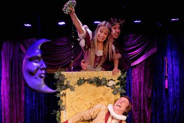 REVIEW: Sh*tfaced Shakespeare's Romeo and Juliet at the Leicester Square Theatre