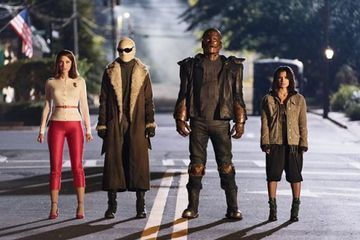 Doom Patrol Episode 2 Promo: The Team Goes Inside a Vortex