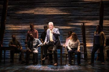 REVIEW: Come From Away at the Phoenix Theatre