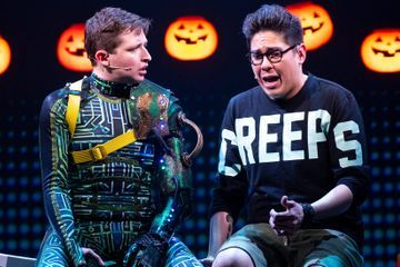 Review: Anxious Teenagers Learn to 'Be More Chill' on a Big Stage