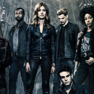 Shadowhunters Fans Try To Save The Show With Times Square Billboard