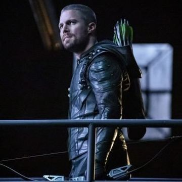 Arrow Wraps Production on Season 7