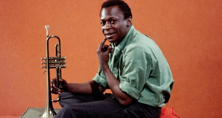 https://shownews.tv/posts/miles-davis-birth-of-the-cool-review-an-expansive-look-at-the-jazz-legend